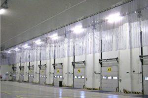 kurtyny paskowe pcv w centrum logistycznym